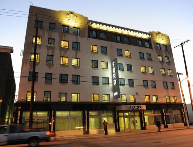 Ford Hotel 1002 E 7th St